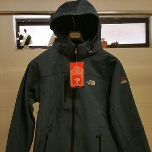North Face flight series lightweight jacket